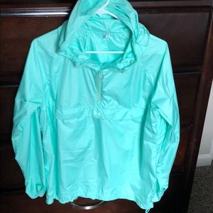 Mint UA windbreaker size medium